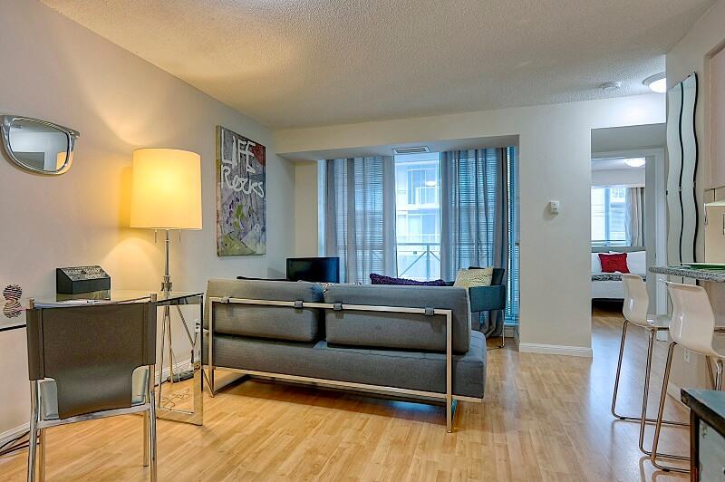York_Suite_Furnished_Rentals_Toronto