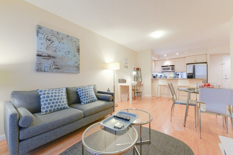 Laughter_Suite_Furnished_Rentals_Toronto