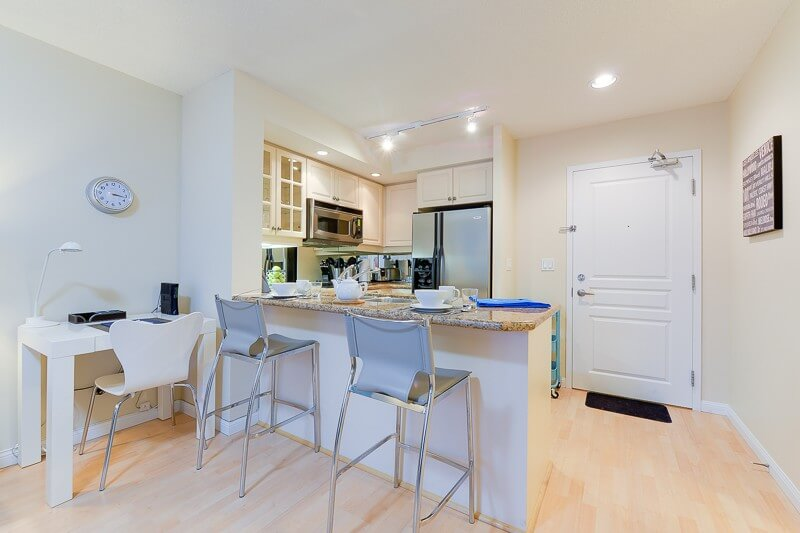 Elm_Suite_Furnished_Rentals_Toronto