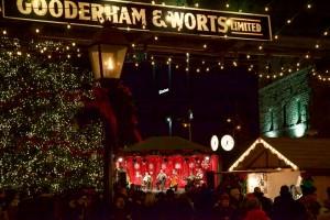 Urban_Vacation_Toronto_Christmas_Market