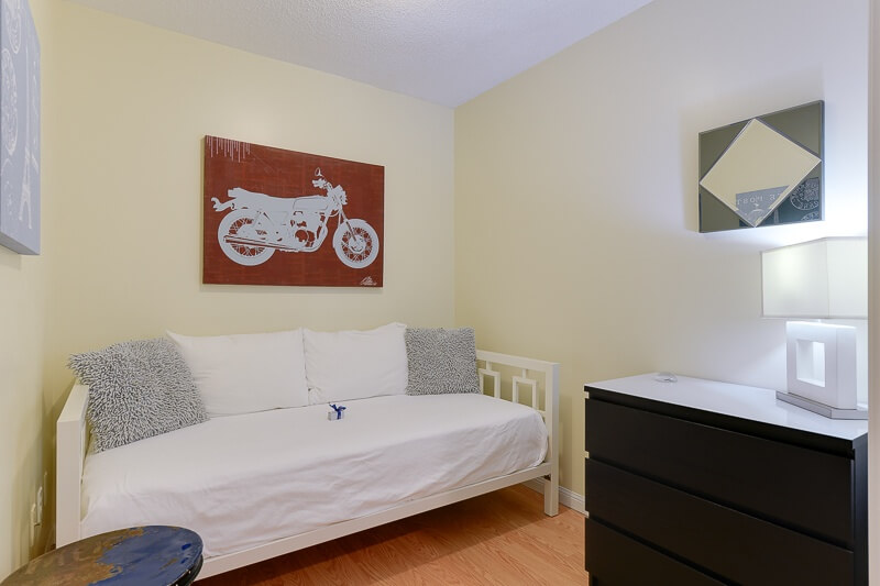 Triumph_Suite_Furnished_Rentals_Toronto