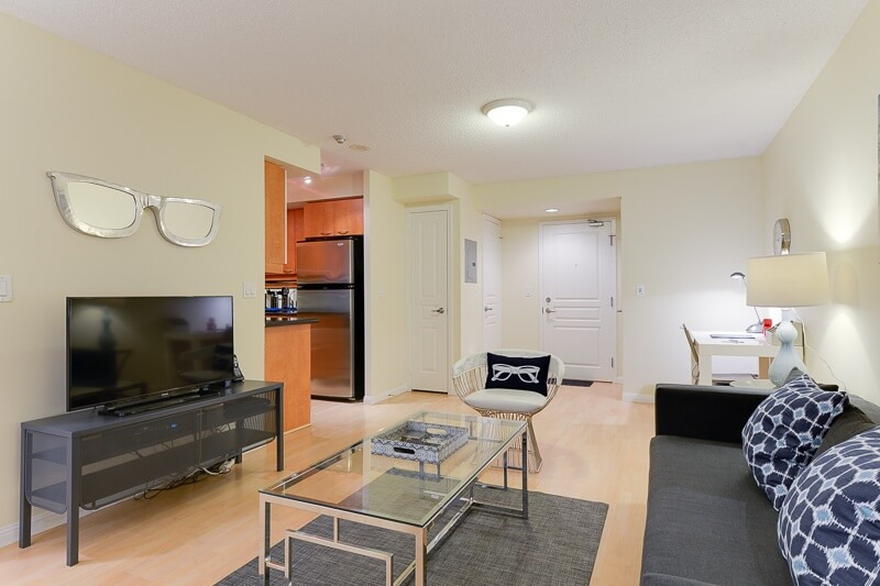 Pearl_Suite_Furnished_Rentals_Toronto