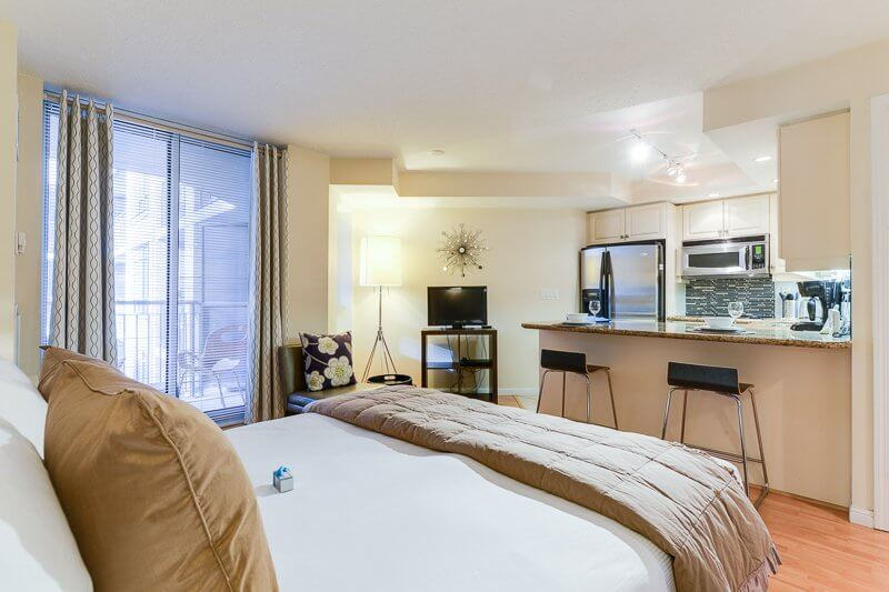 Infinity_Suite_Furnished_Rentals_Toronto