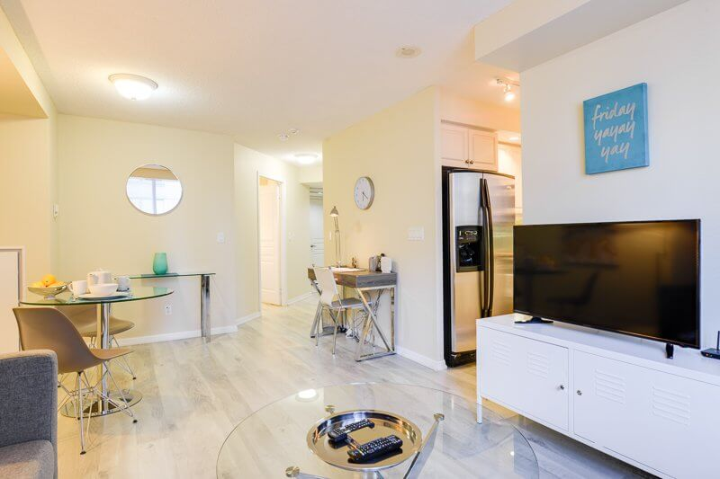 Barrington_Suite_Furnished_Apartments_Toronto