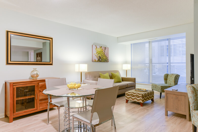 Monarch_Suite_Furnished_Apartments_Toronto