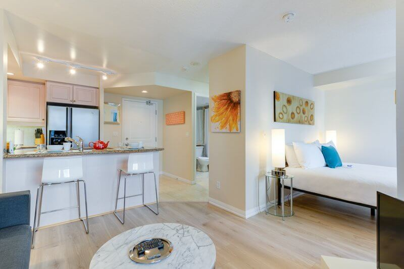 Celebration_Suite_Furnished_Apartments_Toronto