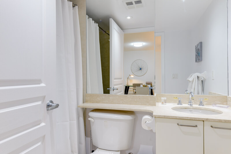 Murphy_Suite_Furnished_Apartments_Toronto