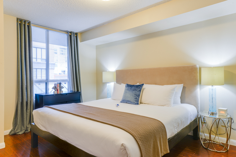 Dupont_Suite_Furnished_Apartments_Toronto