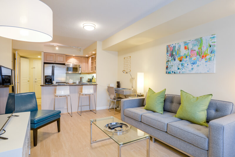 Andrew_Suite_Furnished_Apartments_Toronto