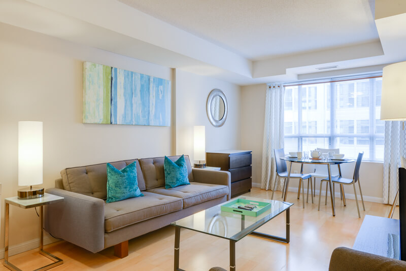 Wellington_Suite_Furnished_Apartments_Toronto